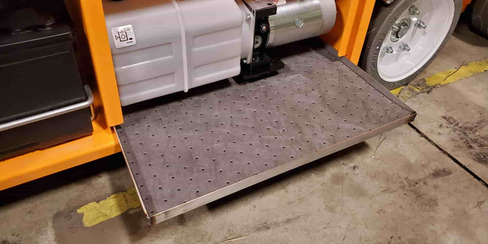 Hy-Brid Lifts LeakGuard Tray